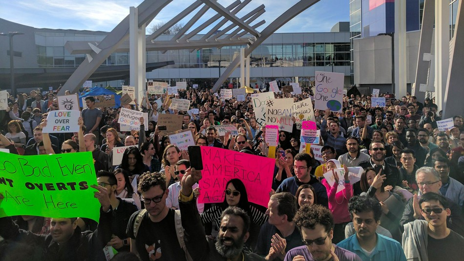Google staff protest Trump's immigration ban