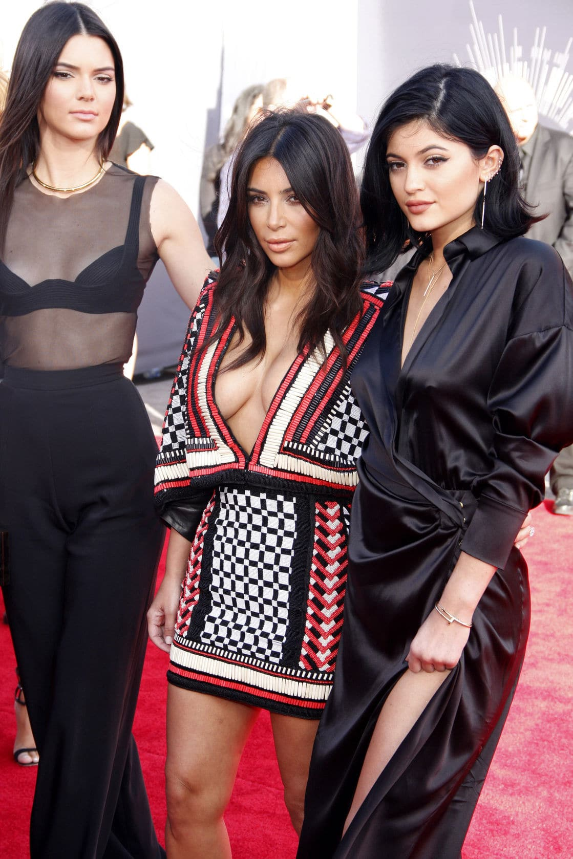 Keeping Up with Social Media: How to be Number One Like a Kardashian/Jenner