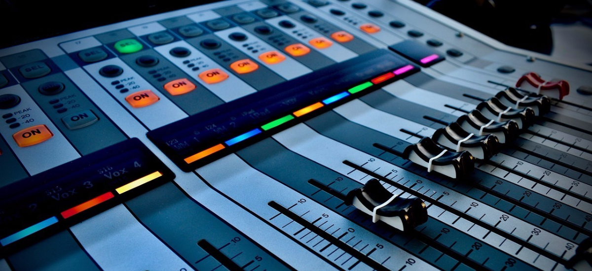 8 Free Resources to Soundtrack Your Social Video Without Getting Sued