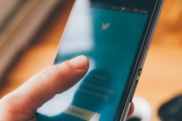 Twitter CEO Live Streams Answers About the Social Network's Health